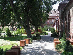 The campus and the garden of the former Veterinary Science University (today Szent István University Faculty of Veterinary Science) - Budapešť, Maďarsko