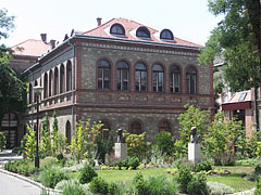 One of the buildings of the Szent István University Faculty of Veterinary Science (former Veterinary Science University) - Budapešť, Maďarsko