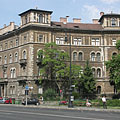 "Neo-renaissance style residental palace, apartment building of the pension institution of the Hungarian State Railways (""MÁV"") - Budapešť, Maďarsko"