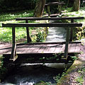 Small wooden footbridge over the Jósva Stream, close to its source - Jósvafő, Maďarsko