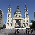 The St. Stephen's Basilica (also known as Parish Church of Lipótváros) in the afternoon sunshine - Budapeşte, Macaristan