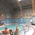 Men's spa, the 36-Celsius-degree thermal pool - Budapeşte, Macaristan