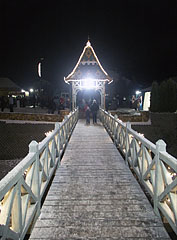Main square by night - Mogyoród, Macaristan
