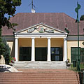 The neo-classical style former Grassalkovich-Pejacsevich Mansion (today Village Community Centre) - Szada, Hungria