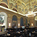 BookCafe Café in the Lotz Room of the Paris Department Store building - Budapest, Hungría