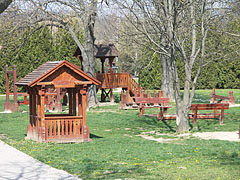 Playground in the park - Csővár, Ungheria