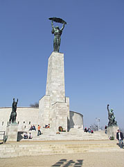 Statue of Liberty on the top of Gellért Hill - Budapest, Hongrie