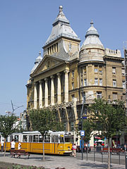 The terminus of the tram line 47 and 49 - Budapest, Hongrie