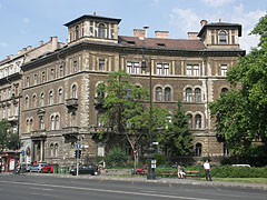 "Neo-renaissance style residental palace, apartment building of the pension institution of the Hungarian State Railways (""MÁV"") - Budapest, Hongrie"