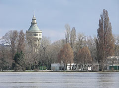The Margaret Island with the Water Tower - Budapest, Hongrie