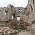 Inside the pentagonal gothic residental tower (or Keep) of the Upper Castle (the Upper Castle was first built in the 13rd-14th century) - Csesznek, Угорщина