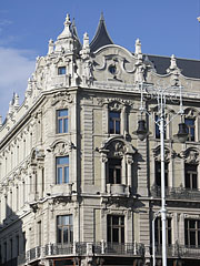 The side of the northern Klotild Palace that overlooks the Danube - Budapest, Ungarn