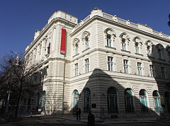 The former Royal Hungarian Officers' Casino (today the building is the headquarters of MKB Bank) - Budapest, Ungarn