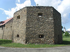 The south-eastern bastion of the castle - Szerencs, Ungarn