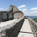 Wall remains of the inner castle - Visegrád (Plintenburg), Ungarn