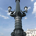 The Margaret Bridge was renovated in 2011 and received ornate cast iron lamp posts again - Budapest, Ungarn