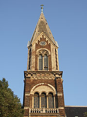 "The steeple of the Our Lady of Hungary Parish Church (""Magyarok Nagyasszonya főplébániatemplom"") of Rákospalota - Boedapest, Hongarije"
