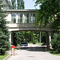 Skyway, covered bridge between the buildings of the College of International Management and Business - Boedapest, Hongarije