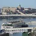 The Buda Castle and Royal Palace, as well as the Danube and the Elisabeth Bridge, viewed from the Fővám Square - Budapest, Ungari