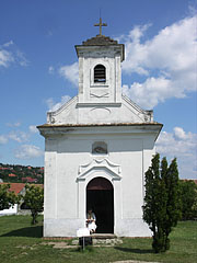 The votive chapel from Jánossomorja (Mosonszentjános) was built in 1842 (also known as St. Anne's Roman Catholic Church) - Szentendre, Ungarn