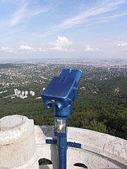 Almost the complete panorama of Budapest reveals from the 23-meter-tall lookout tower on the top of the 527-meter-high mountain - بودابست, هنغاريا
