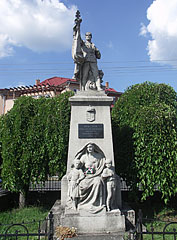 This World War I memorial was the first public sculpture in Dunakeszi - Dunakeszi, Hungary