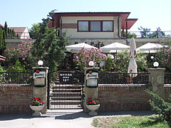 Part Café, Restaurant and Pension (guest house) - Dunakeszi, Hungary