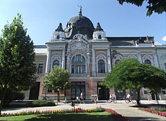 """The Art Nouveau (secession) style Bank Palace or """"Grand Savings Bank"""", viewed from the park - Hódmezővásárhely, Hungary"""
