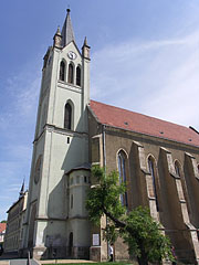 "The gothic Downtown Parish Church, former Franciscan church of medieval origin in Keszhely (officially Our Lady of Hungary Parish, in Hungarian ""Magyarok Nagyasszonya Plébániatemplom"") - Keszthely, Hungary"