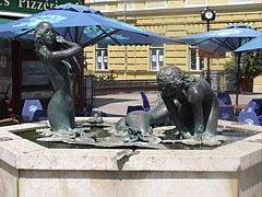 """The """"Bathing women"""" sculpture and fountain, representing three naked female figures - Nyíregyháza, Hungary"""