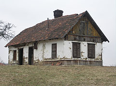 Ruined old dwelling house - Őriszentpéter, Hungary