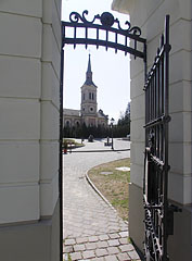 The Lutheran (Evangelical) Church, viewed from the gate of the mansion - Szécsény, Hungary