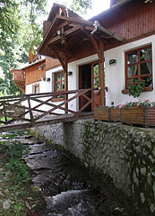 The Csobogó Resturant directly on the stream bank - Szilvásvárad, Hungary